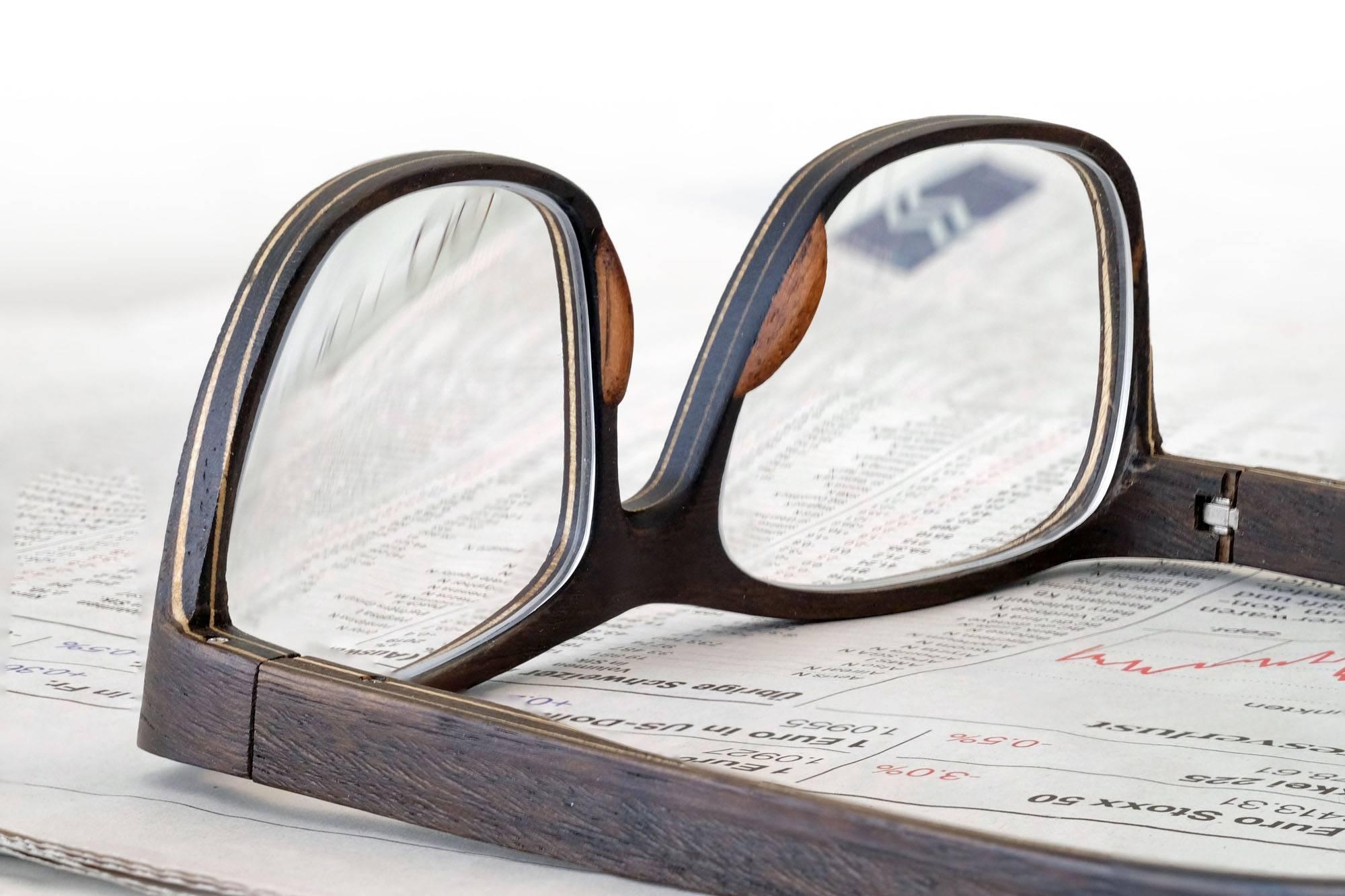 SCHEFFIN! Holzbrille - Lesly in Raucheukalyptus und Ahorn