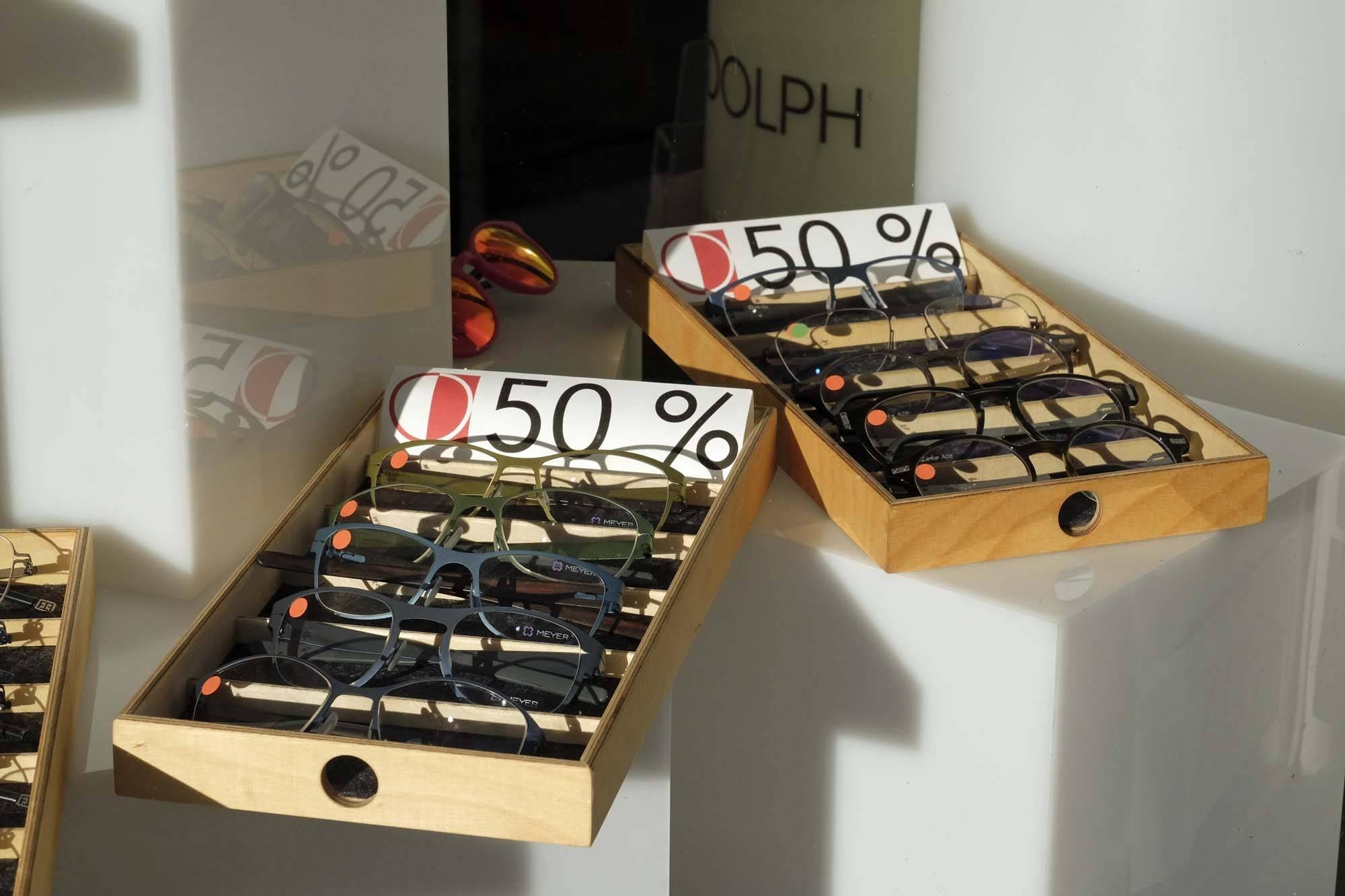 Schaufenster Nr. 049: Schubladenverkauf (SALE)