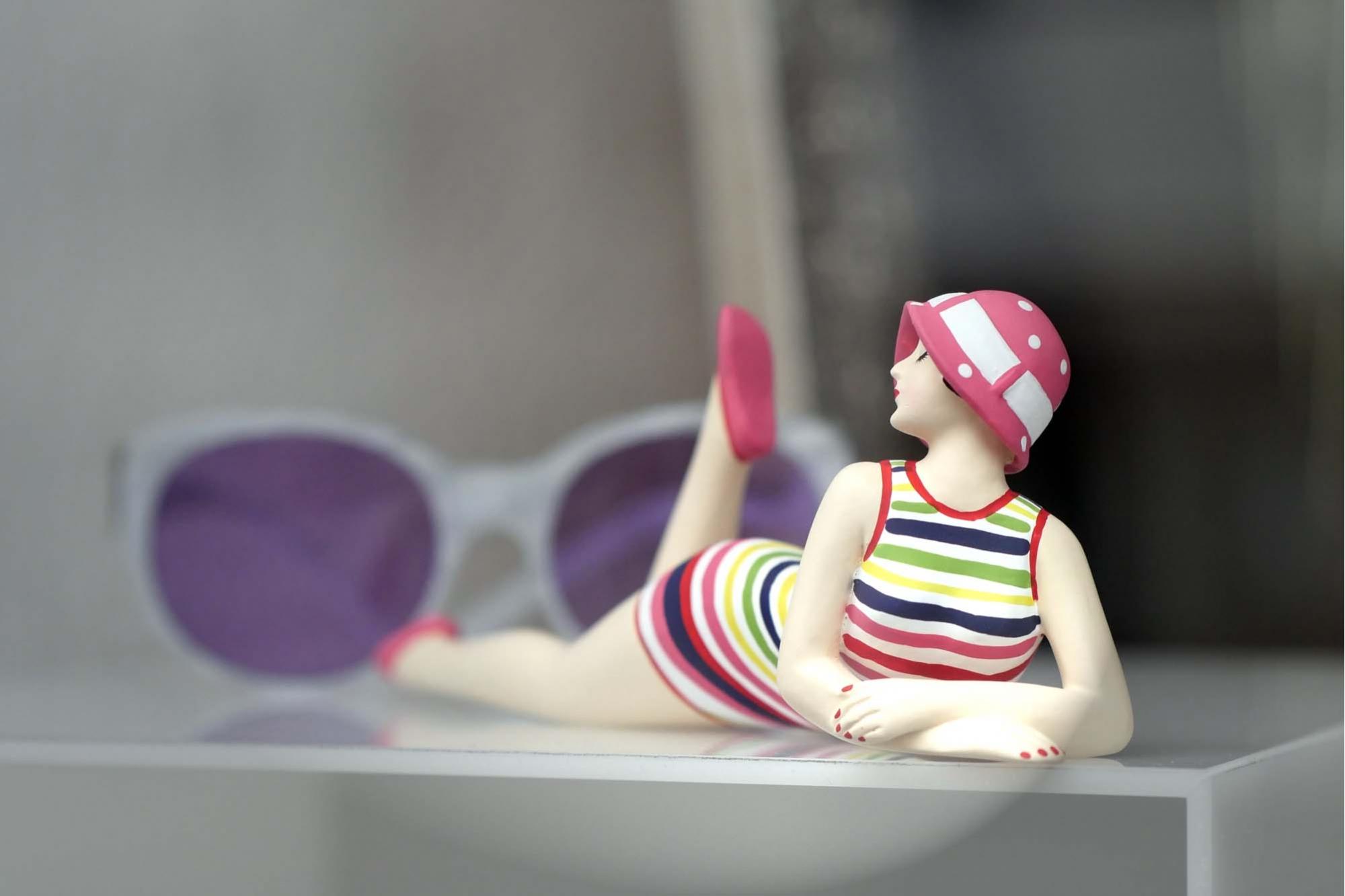 Schaufenster Nr. 009: Badenixen
