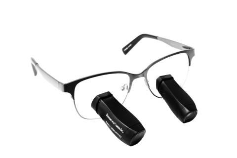 Chirurgische Lupenbrille von Designs for Vision, Modell Steam Panorama