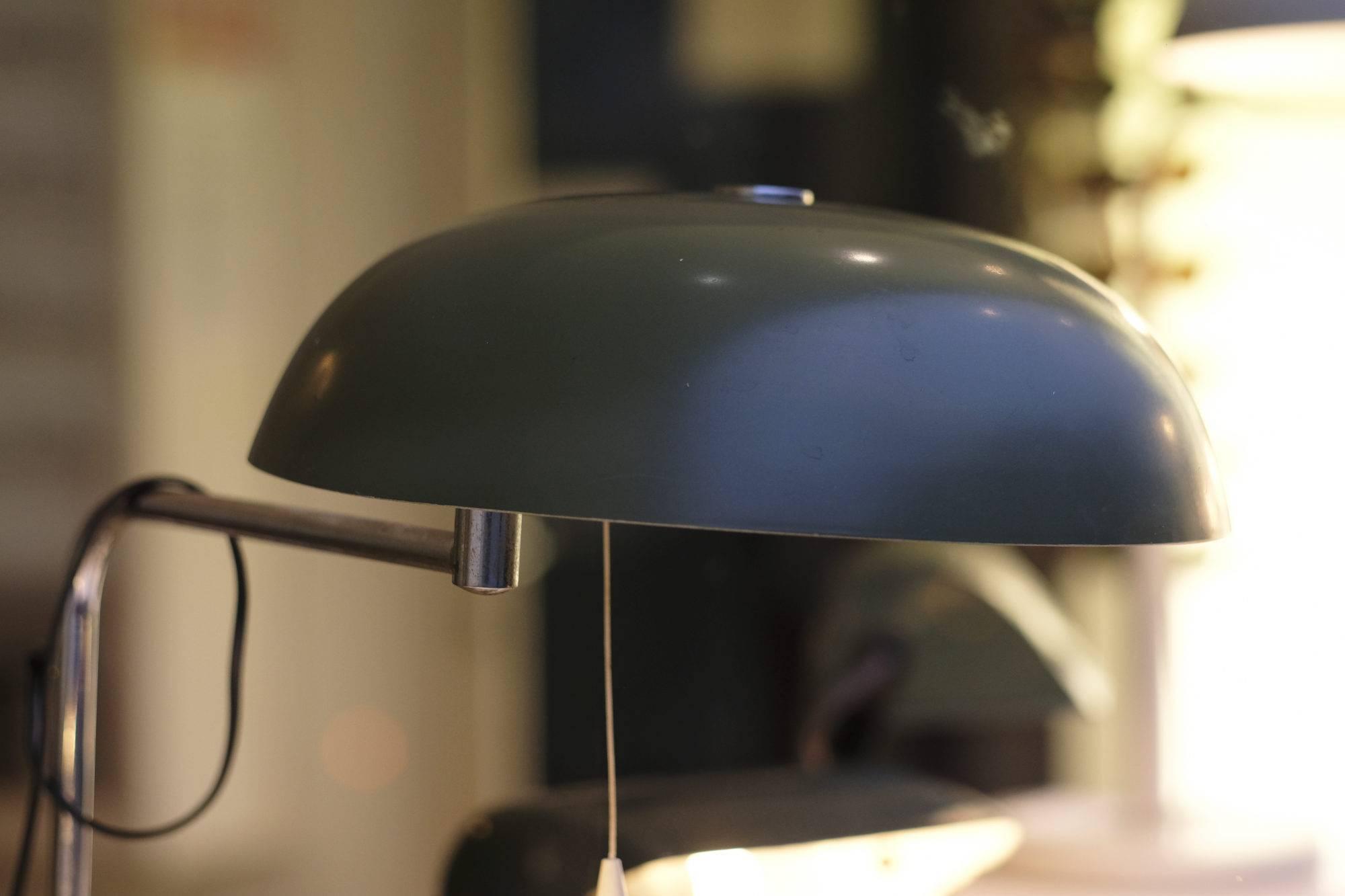 Schaufenster Nr. 076: Tischlampen aus Bernie's Fundkasten