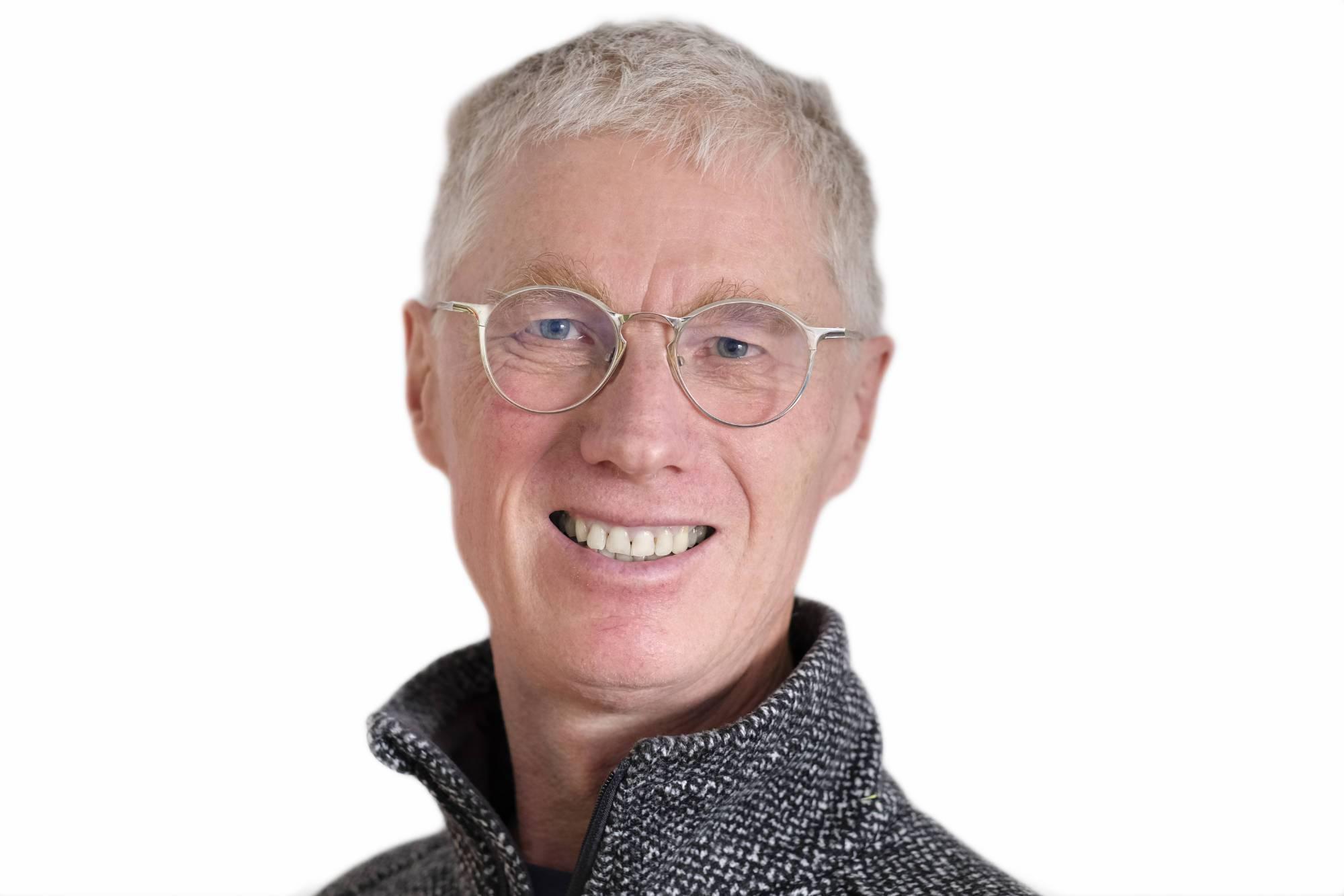 Juri Weiss, DR SCHTiFFT