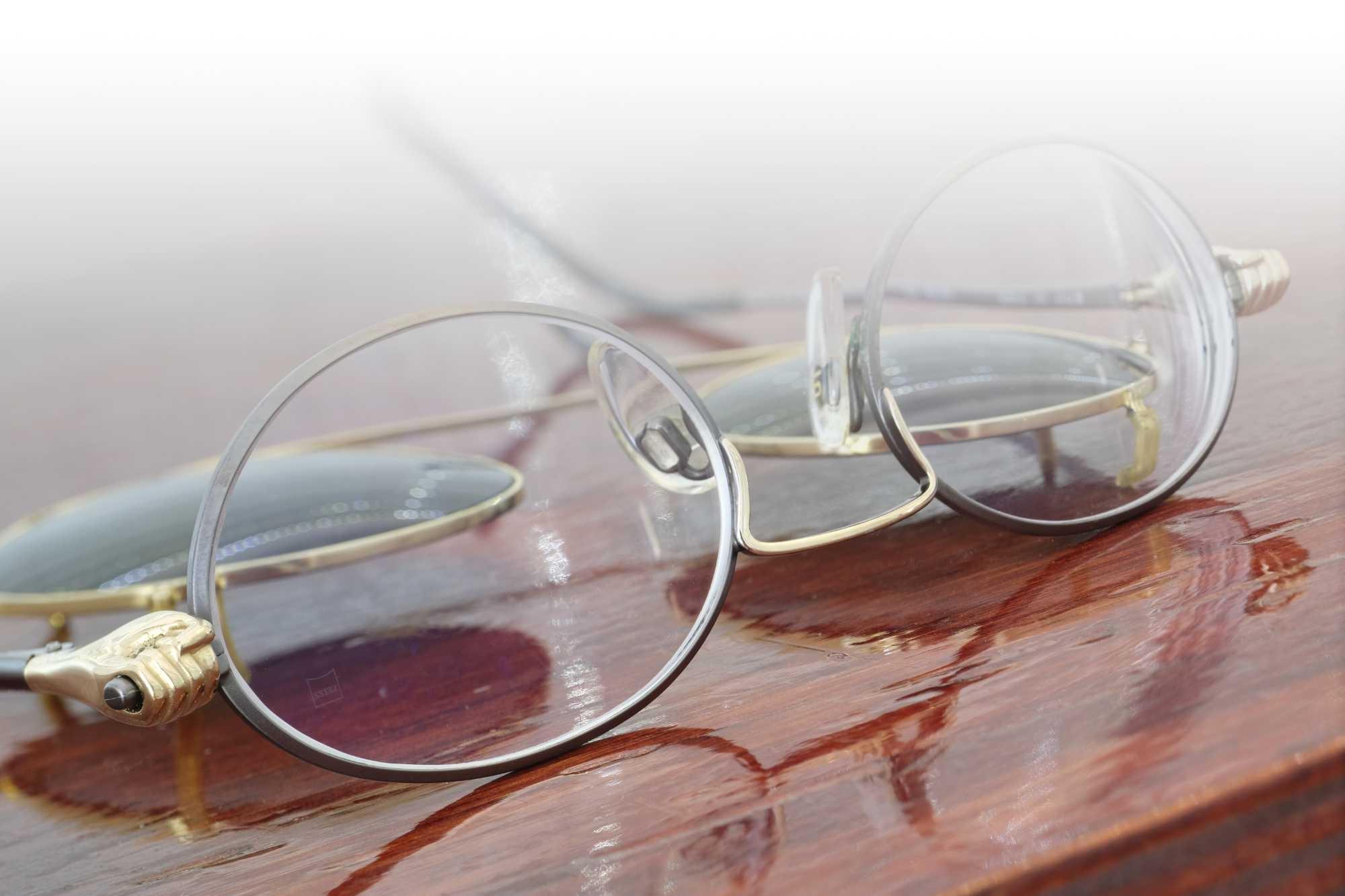 Neue Gläser in eine Vintage-Brille